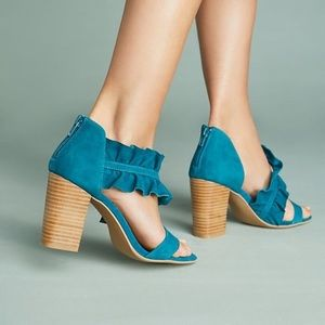 Anthropologie Shoes - 🆕NIB rare Liendo by Seychelles Ruffle Wrap Heel